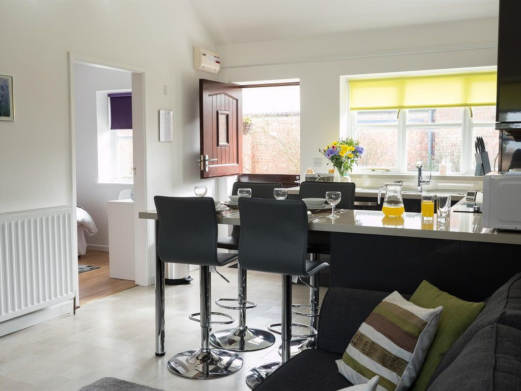 Pied Wagtail cottage open plan living